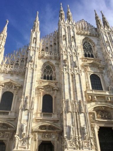 今日はミラノへ〜✈️_b0210699_22345033.jpeg