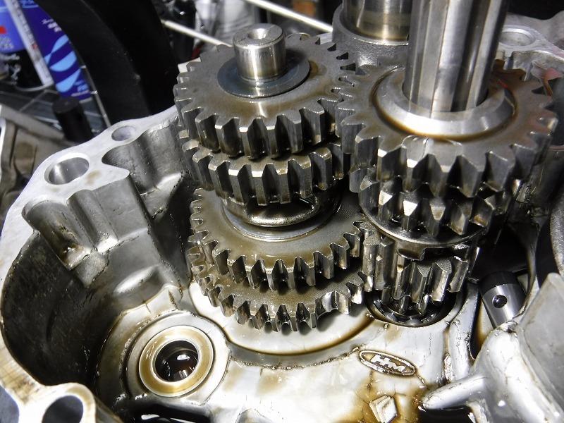 CL50改 エンジンより異音。_e0157602_18503676.jpg