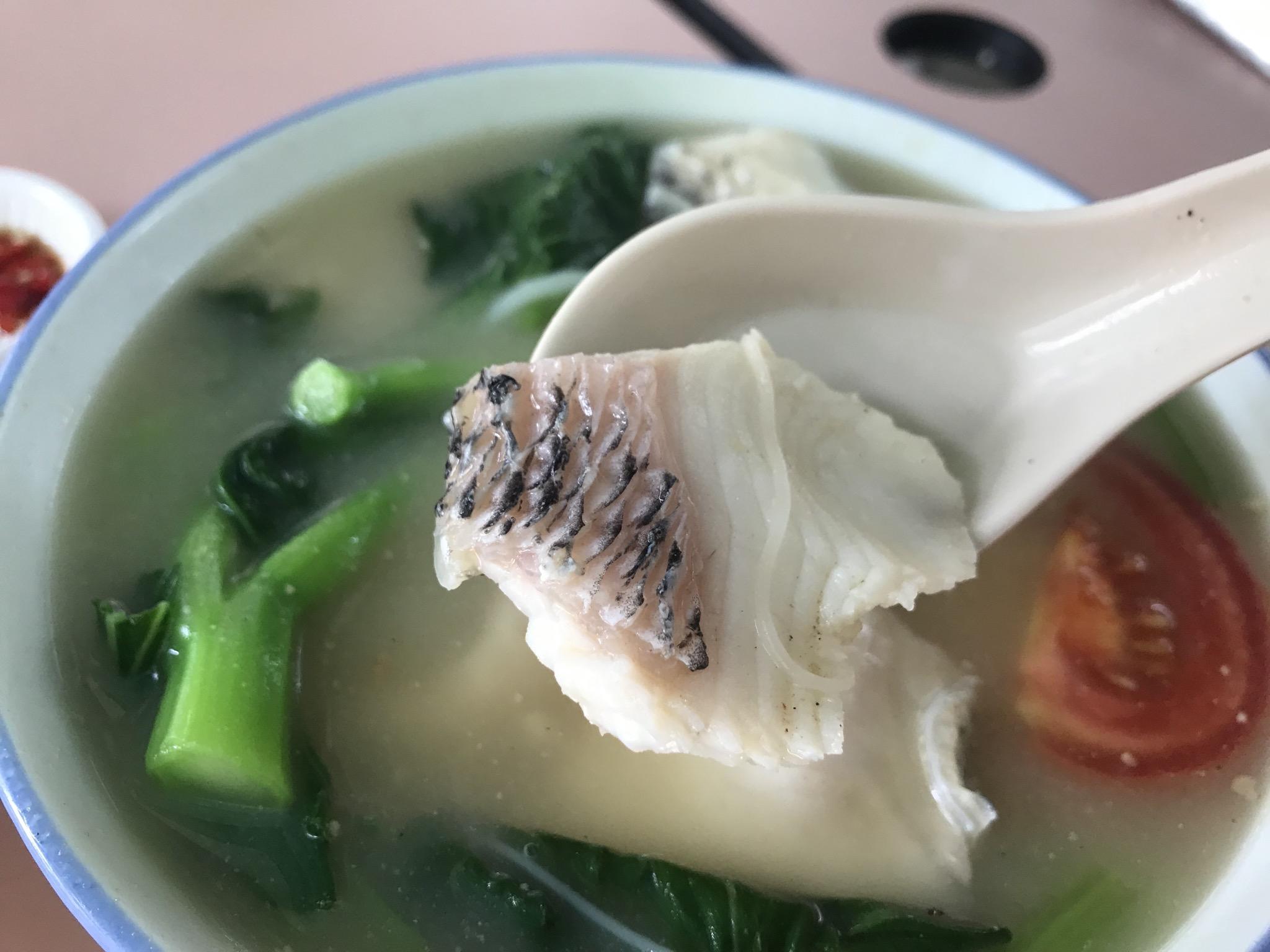 Whampoaでは やはり FishSoup が食べたくなる!_c0212604_7371935.jpg