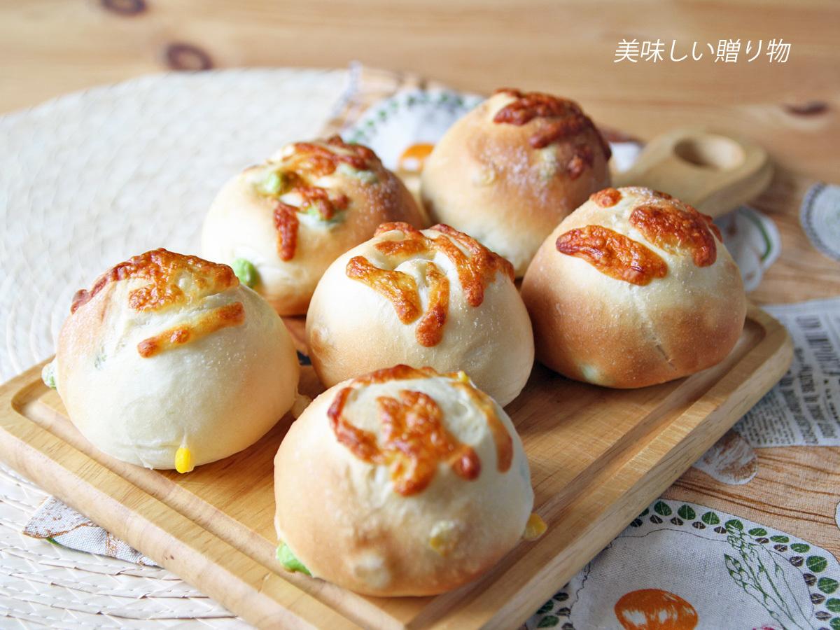 枝豆とコーンとチーズのパン_a0216871_08491886.jpg