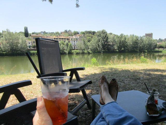 フィレンツェで暫しリラックスしたい場所ーニュースポットです!!_c0179785_01224733.jpg