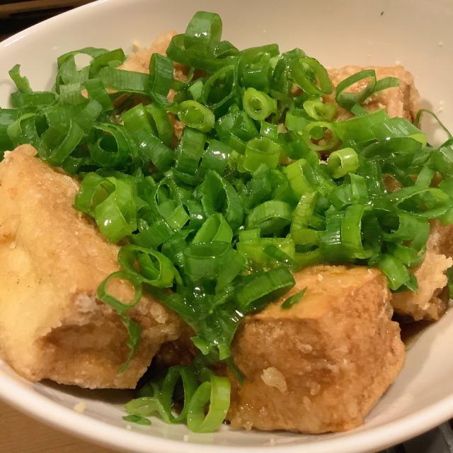 厚揚げ唐揚げの揚げ出し豆腐 普通の揚げ出し豆腐より好きやなあ。_a0334793_14065351.jpg