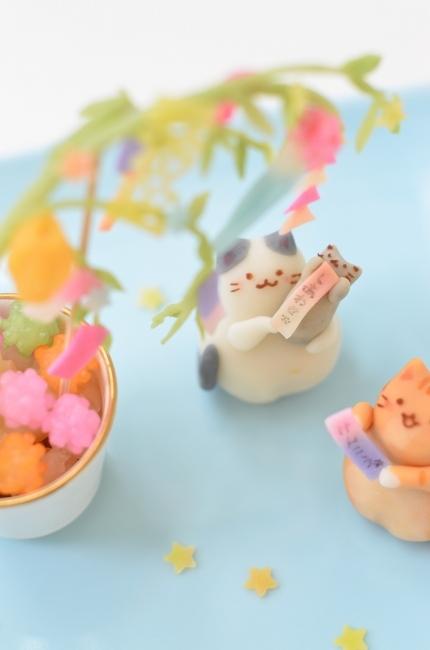 七夕を楽しむ猫練り切り_d0025294_17275473.jpg