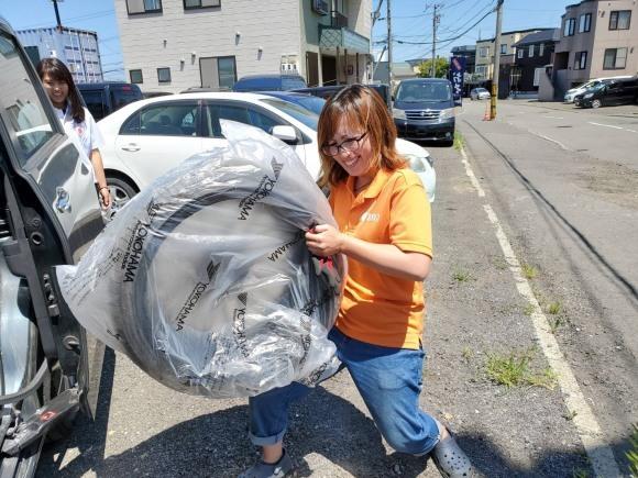7月9日(火)本店ブログ♪ランクル200 4.6AX 4WD 21000キロです! ハマー レクサス アルファード_b0127002_19245727.jpg
