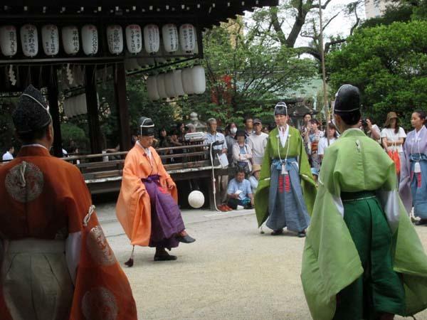 白峯神宮、精大明神例祭2 けまり奉納_e0048413_21230463.jpg