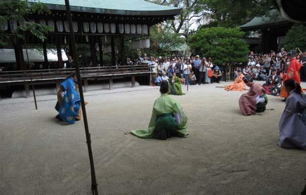 白峯神宮、精大明神例祭2 けまり奉納_e0048413_21231257.jpg