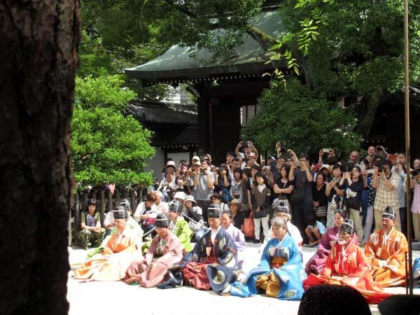白峯神宮、精大明神例祭2 けまり奉納_e0048413_21231548.jpg