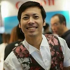 【祝・結婚!】インドネシア住みます芸人・アキラ・コンチネンタル・フィーバーがもう1つのゴールデンブザー! 結婚を報告_a0054926_06183436.jpg