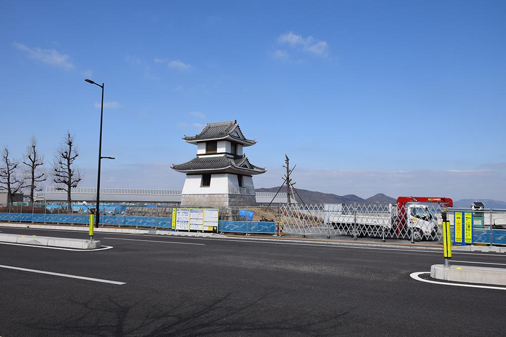 海に浮かぶ要塞、讃岐高松城を歩く。 その6 <外周、東の丸>_e0158128_21065978.jpg