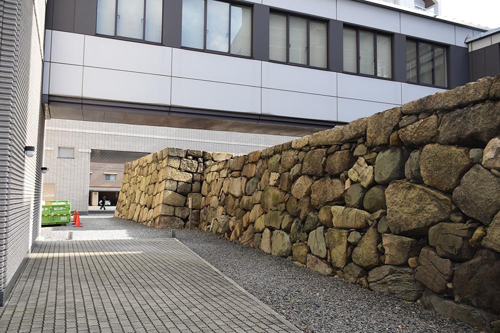 海に浮かぶ要塞、讃岐高松城を歩く。 その6 <外周、東の丸>_e0158128_21105453.jpg