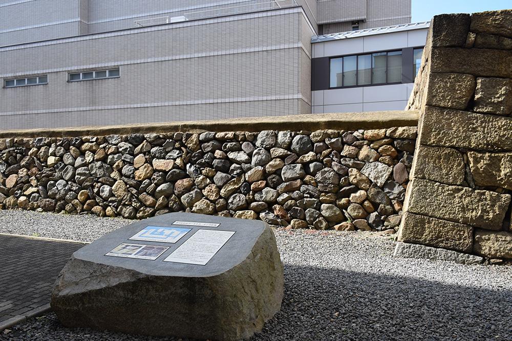 海に浮かぶ要塞、讃岐高松城を歩く。 その6 <外周、東の丸>_e0158128_21133646.jpg