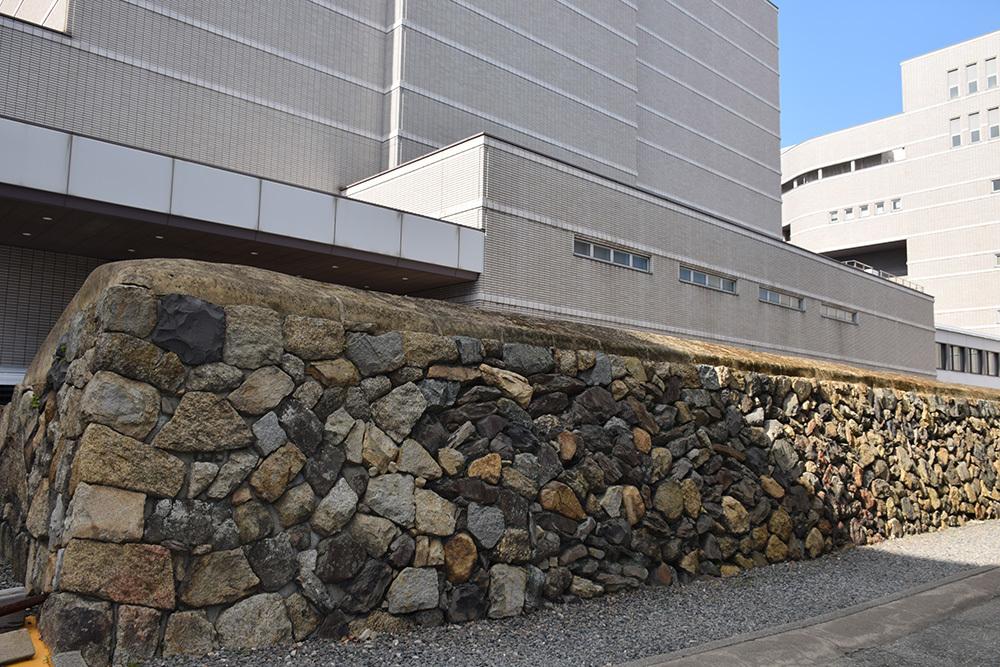 海に浮かぶ要塞、讃岐高松城を歩く。 その6 <外周、東の丸>_e0158128_21155347.jpg