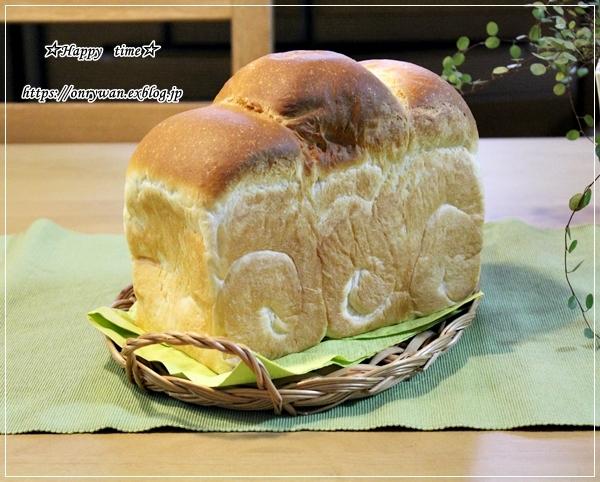 薄焼き卵が破れちゃった時のオムライス弁当とパン焼き♪_f0348032_17345634.jpg