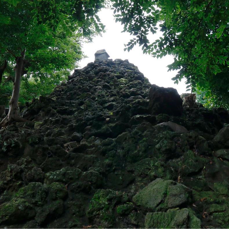 この二日間しか登れない、豊島長崎の富士塚・高松富士_c0060143_22184594.jpg