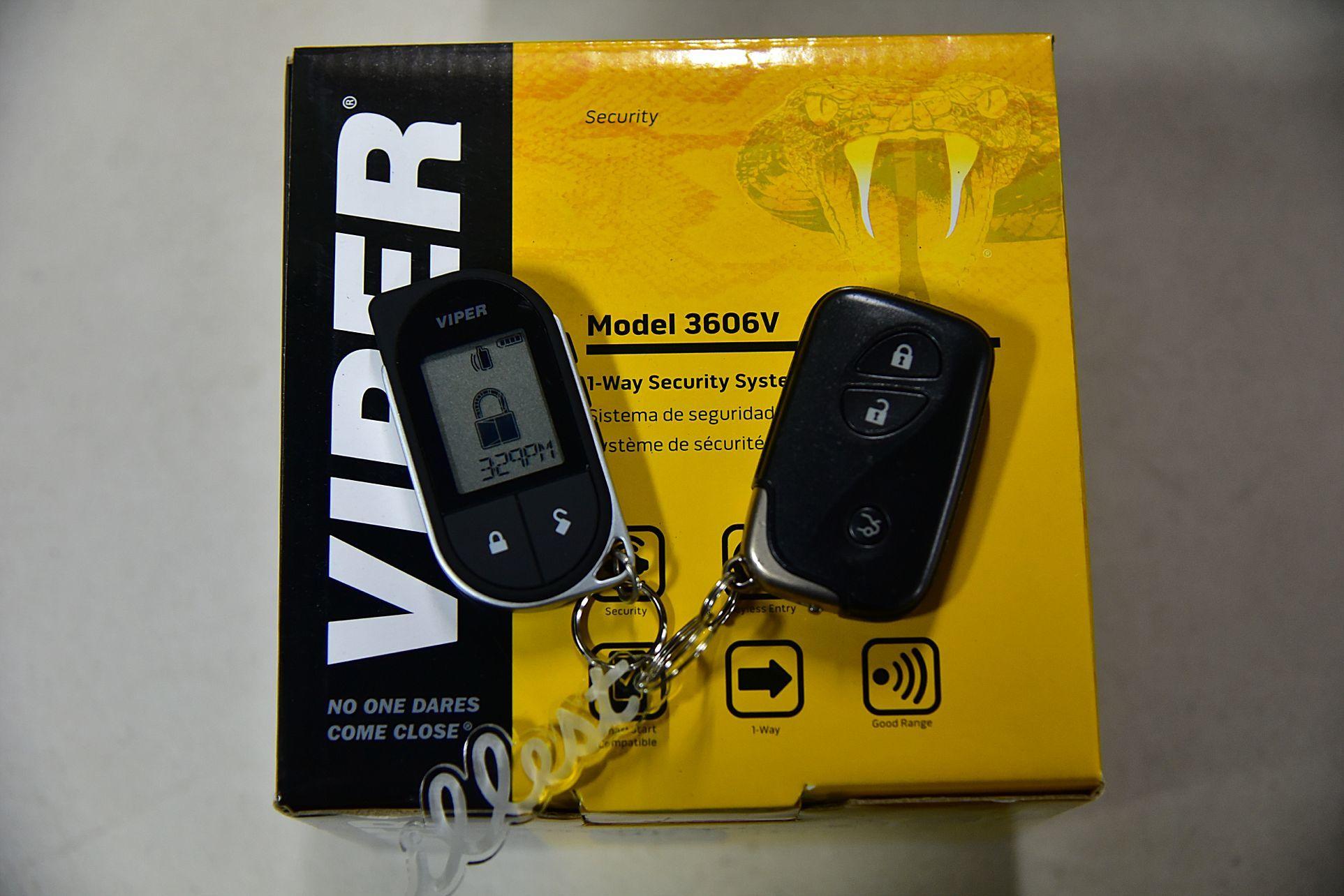 レクサス IS-CへVIPER3706V取り付け_c0199344_18503884.jpg