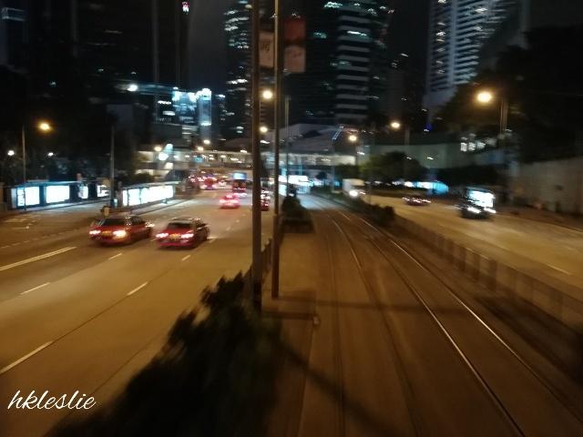 夜のトラム_b0248150_13280357.jpg