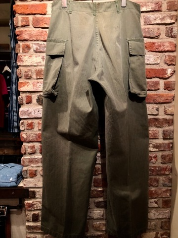 "1940s "" U.S ARMY \"" ALL cotton - M 43 H.B.T - VINTAGE CARGO PANTS ._d0172088_23543107.jpg"