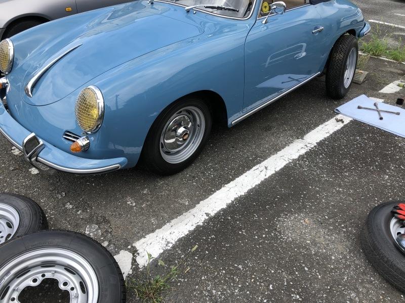 1960PORSCHE 356-B SUPER 90      /   ポルシェ356  ホイール・タイヤ交換_b0195093_09463531.jpg