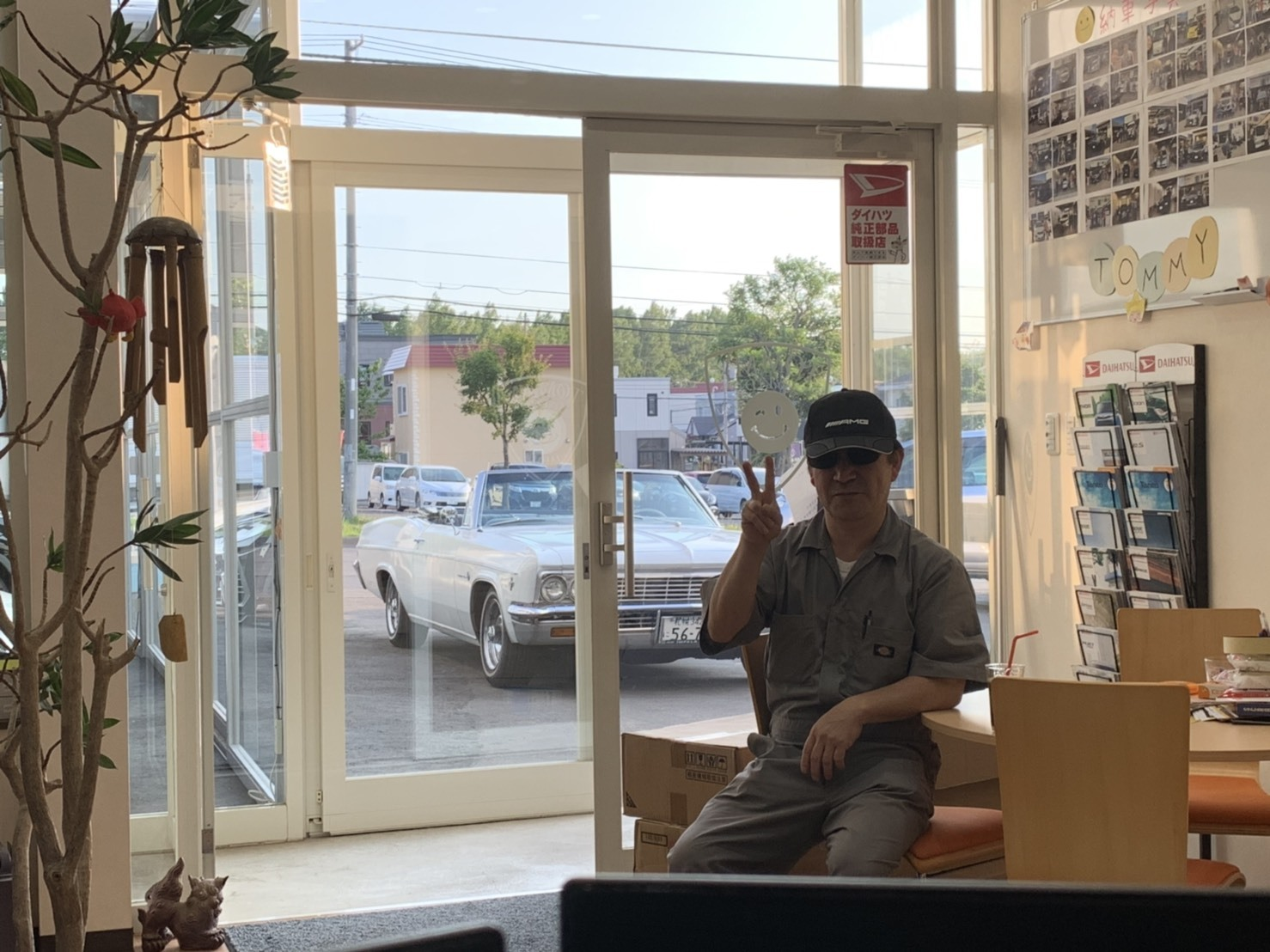 7月10日(水)本店ブログ♪LX570 4WD☆ワンオーナーあります! ランクル ハマー アルファード _b0127002_18584079.jpg