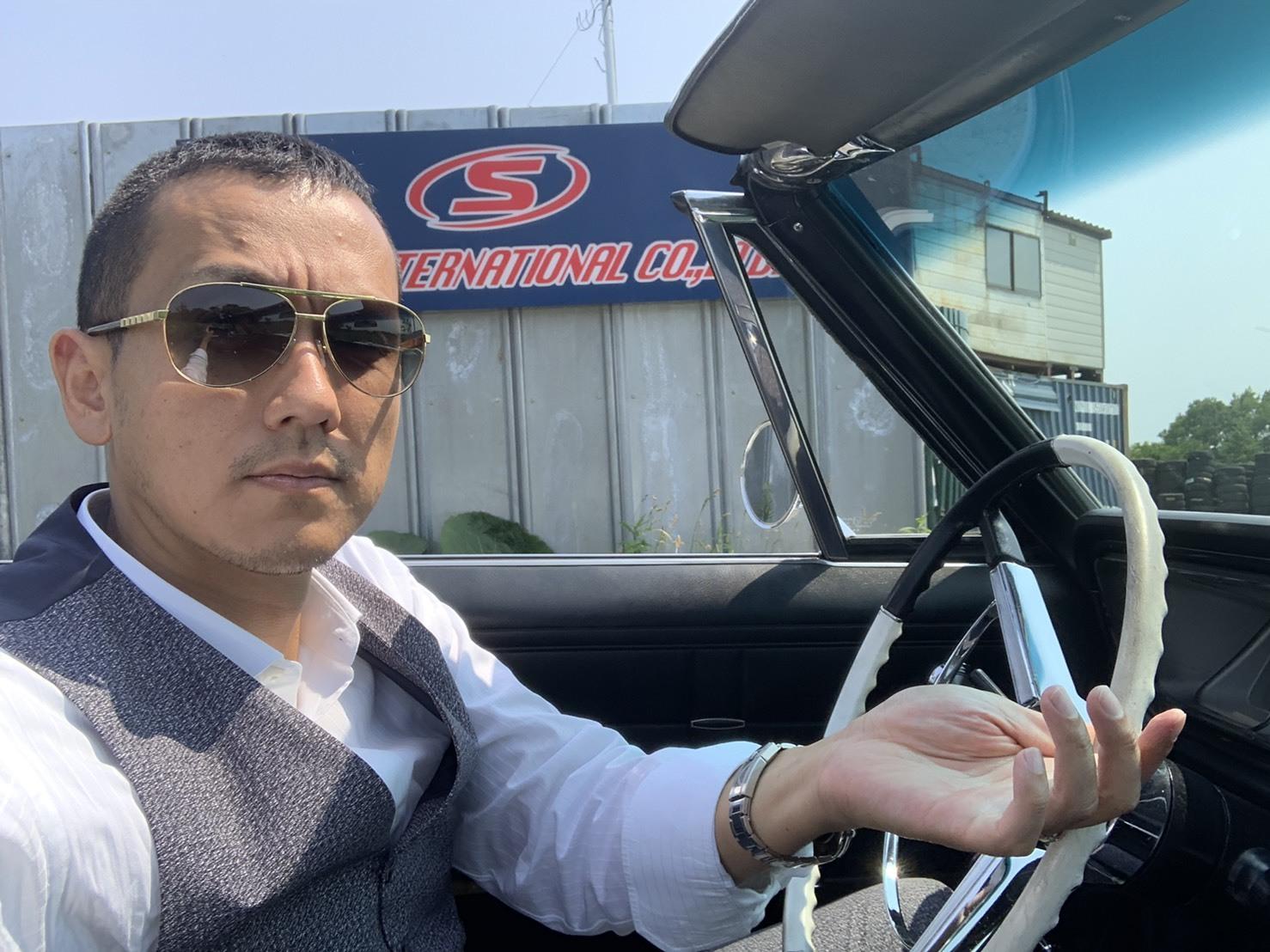7月10日(水)本店ブログ♪LX570 4WD☆ワンオーナーあります! ランクル ハマー アルファード _b0127002_19091773.jpg