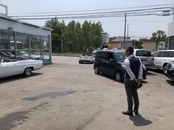 7月10日(水)本店ブログ♪LX570 4WD☆ワンオーナーあります! ランクル ハマー アルファード _b0127002_19190089.jpg