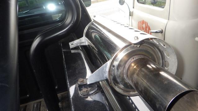 フォードF-1ウインカー出ず_e0406102_10584750.jpg