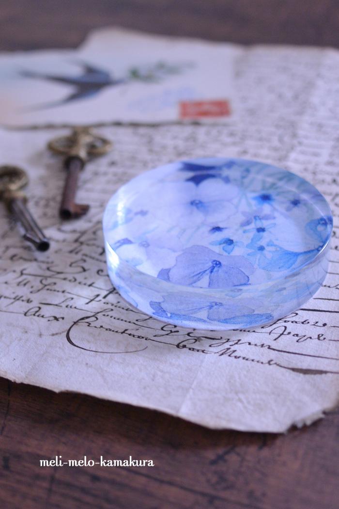 ◆デコパージュ*涼しげなガラスのペーパーウェイト♪_f0251032_10584771.jpg