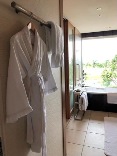 沖縄旅行記#17~リッツカールトン沖縄の部屋_f0207146_14171713.jpg