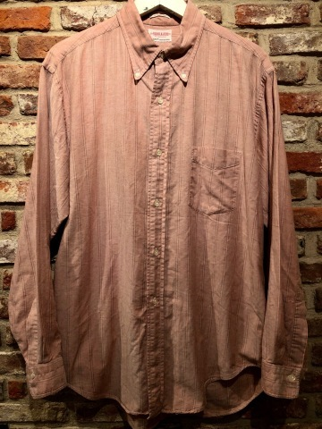 "1960-70s "" GANT -SHIRT MAKERS- \"" ALL cotton - OXFD - 三つ留め VINTAGE B/D SHIRTS ※ 明日より 営業再開致します !_d0172088_18492127.jpg"