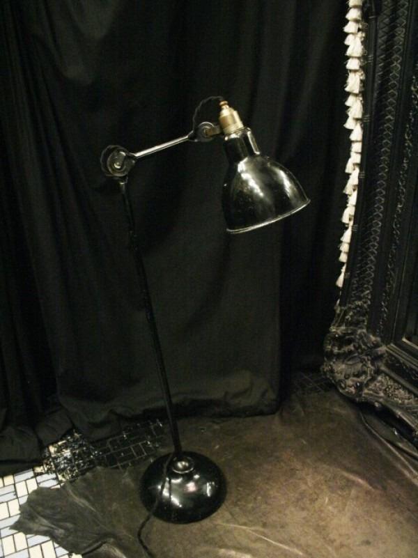 平成最後のヨーロッパ買い付け後記29 買い付け最後の食事はフランスらしくガレット。入荷1920s~GRAS desk lamp No.205 No.305_f0180307_01125620.jpg