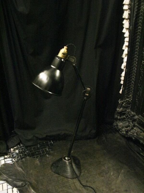 平成最後のヨーロッパ買い付け後記29 買い付け最後の食事はフランスらしくガレット。入荷1920s~GRAS desk lamp No.205 No.305_f0180307_01202269.jpg