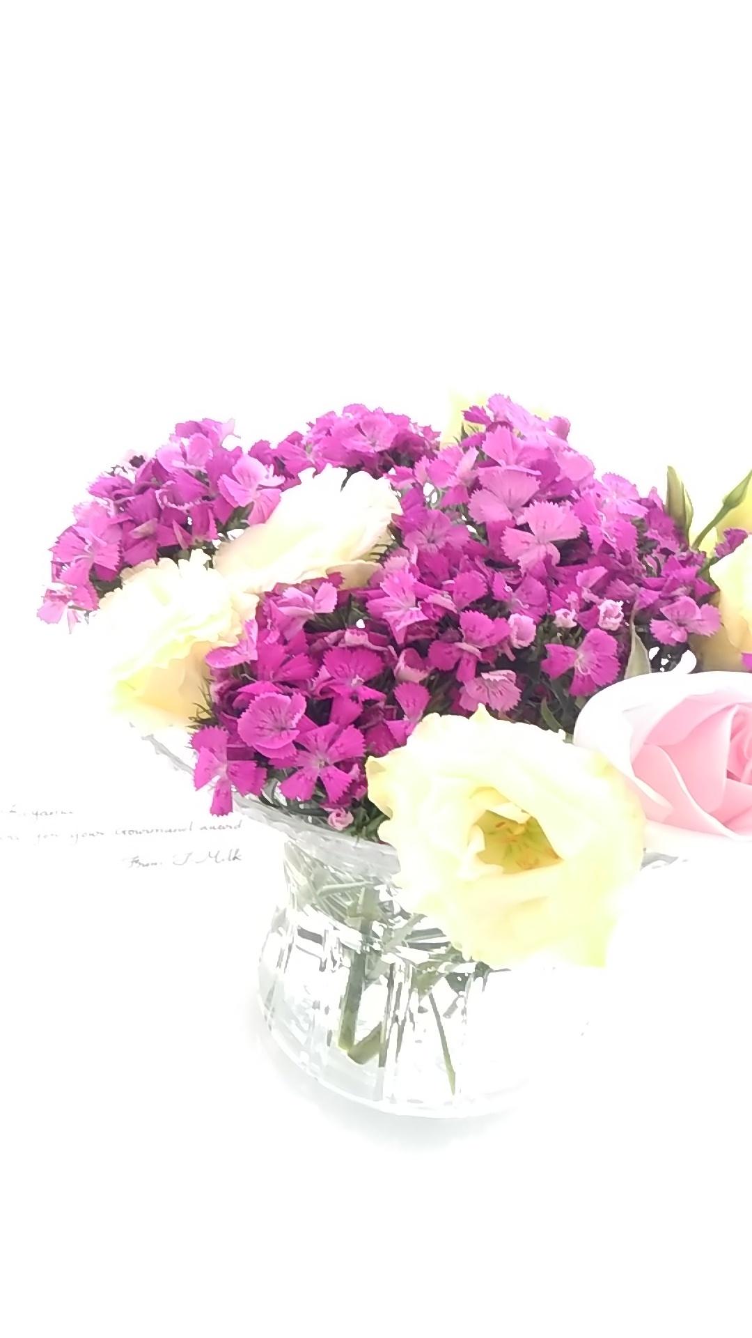 お祝いのお花を生けなおして・・・_b0204930_08391152.jpg