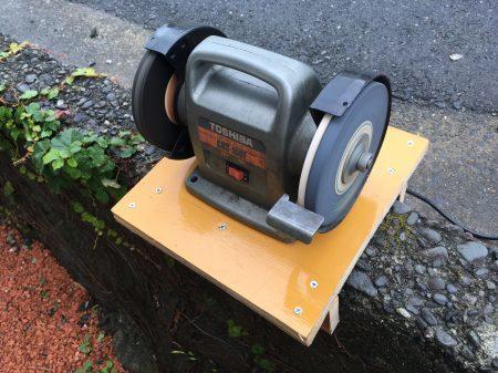 Outdoor work bench_c0217759_20245045.jpg