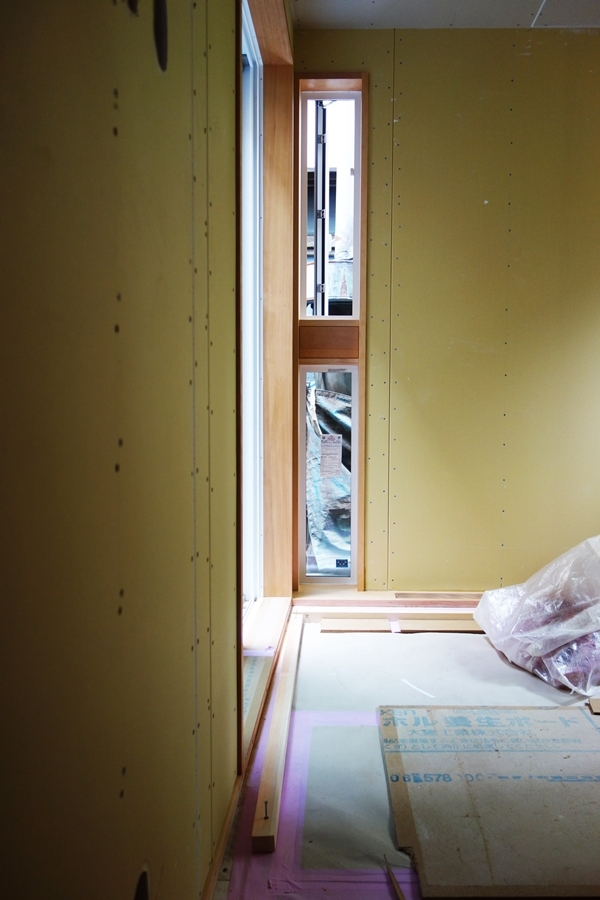 「荒川の家Ⅲ」塗装工事終盤_b0142417_12421282.jpg