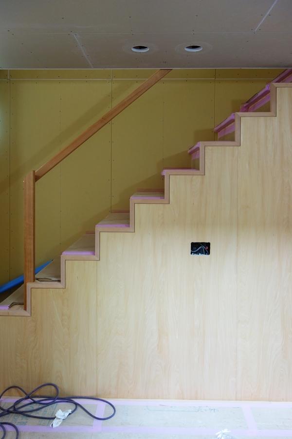 「荒川の家Ⅲ」塗装工事終盤_b0142417_12442410.jpg