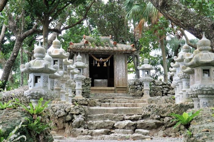 一夜しか咲かない「サガリバナ」を見に沖縄観光へ_d0150720_18002057.jpg