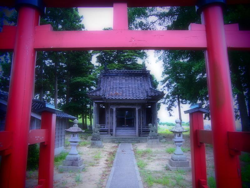 杜々路神社_e0169421_22400645.jpg
