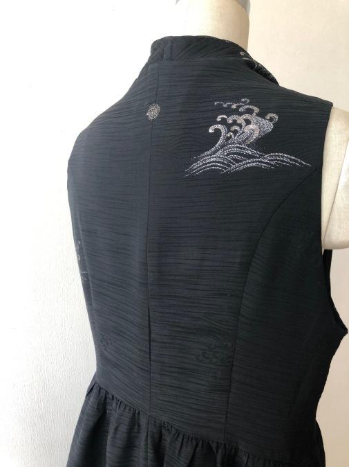 着物リメイク・羽織からあシンメトリージレ_d0127925_18370757.jpg