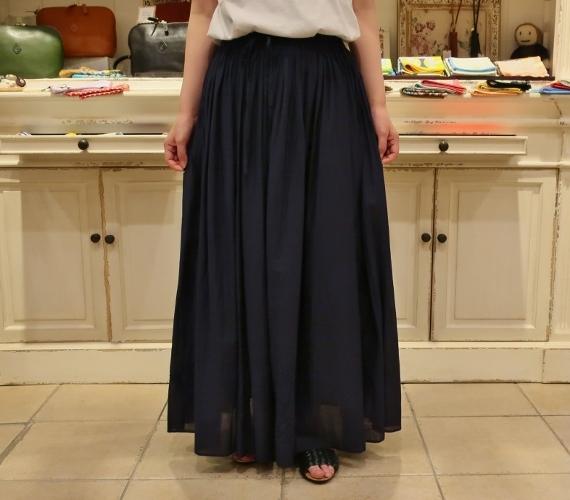 カディコットンに刺繍をした特別なドレスです。_c0227633_18310585.jpg