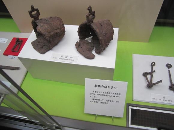 馬鈴を表現した馬形埴輪を持つ古墳の被葬者は王か臣下か_a0237545_10122094.jpg