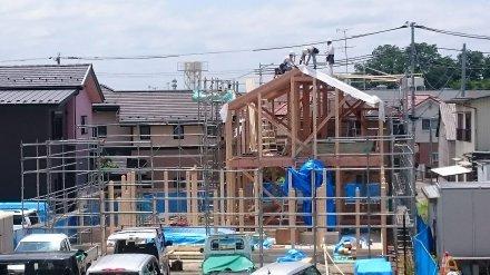 『風致地区の店舗併用住宅』上棟しました。_e0197748_17302766.jpg