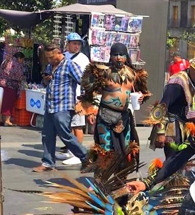 中南米の旅/69 アステカ帝国が眠るソカロ広場@メキシコシティ_a0092659_06173547.jpg