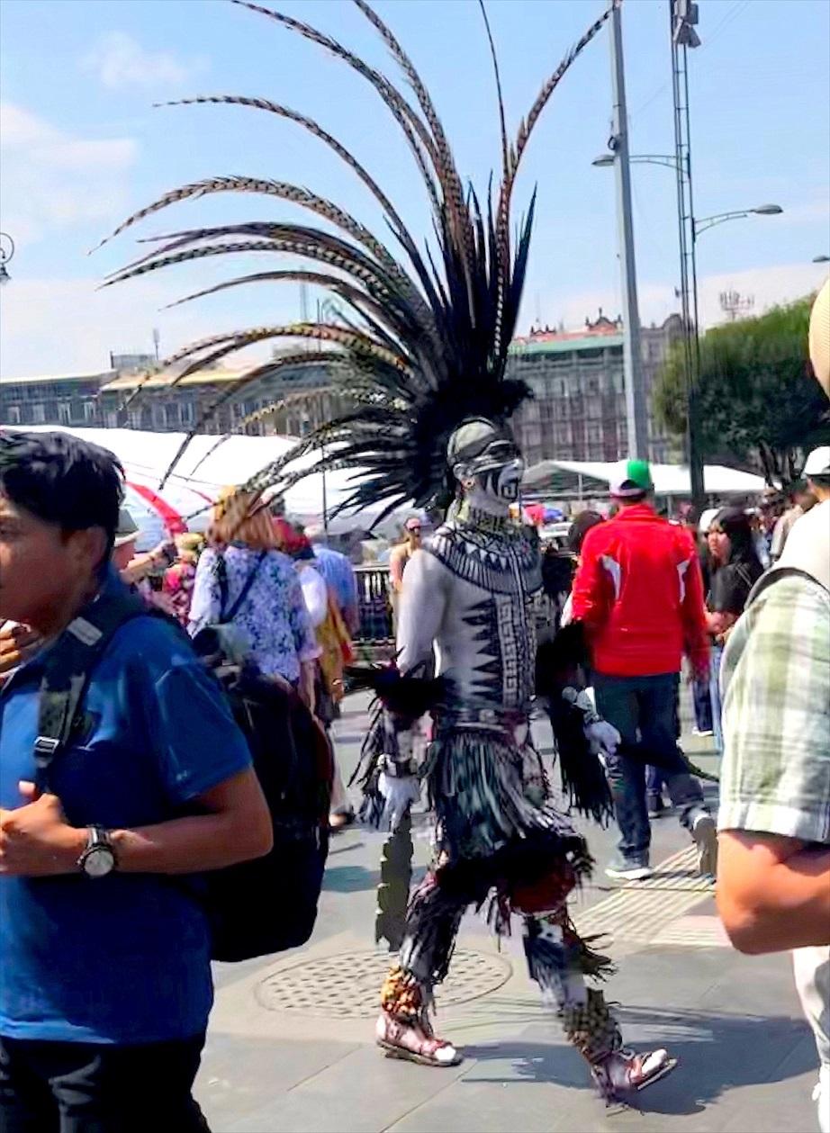 中南米の旅/69 アステカ帝国が眠るソカロ広場@メキシコシティ_a0092659_06205060.jpg