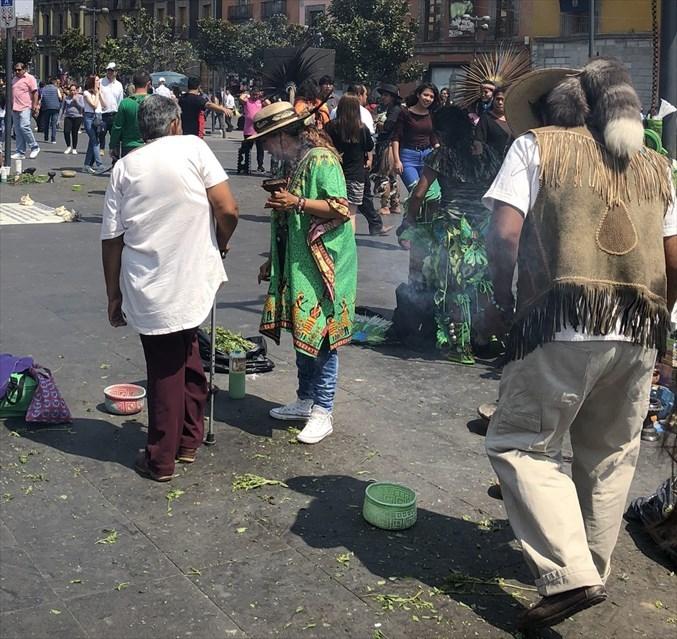 中南米の旅/69 アステカ帝国が眠るソカロ広場@メキシコシティ_a0092659_06300903.jpg