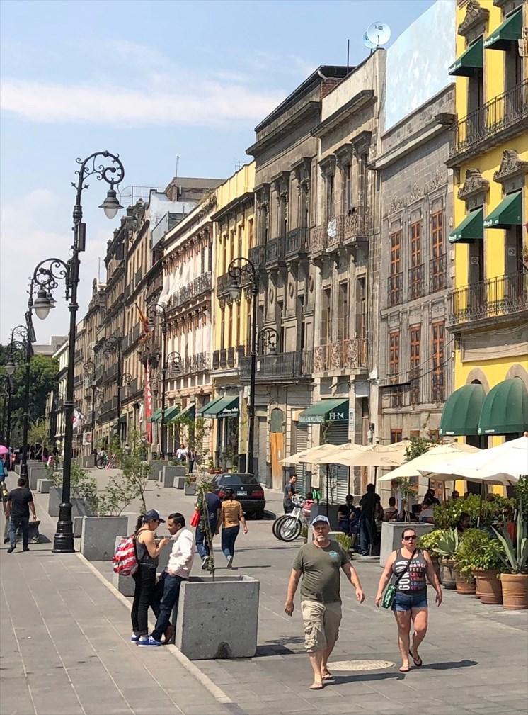 中南米の旅/69 アステカ帝国が眠るソカロ広場@メキシコシティ_a0092659_08392544.jpg
