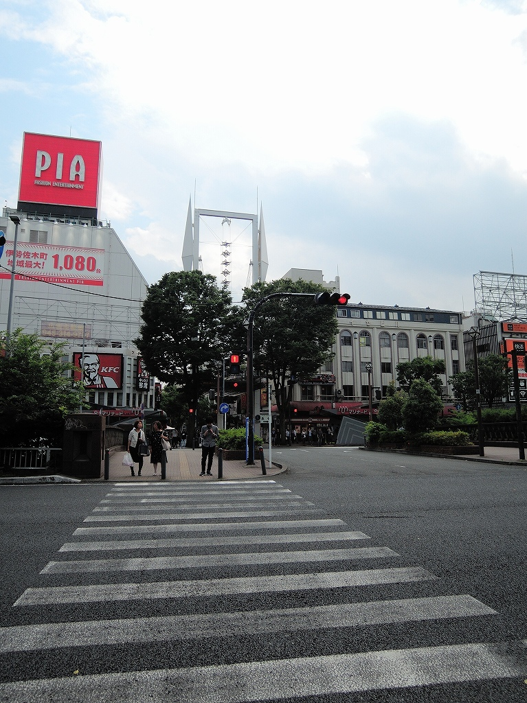 ある風景:Kannai & Isezakicho, Yokohama@Summer #1_b0400788_23550242.jpg