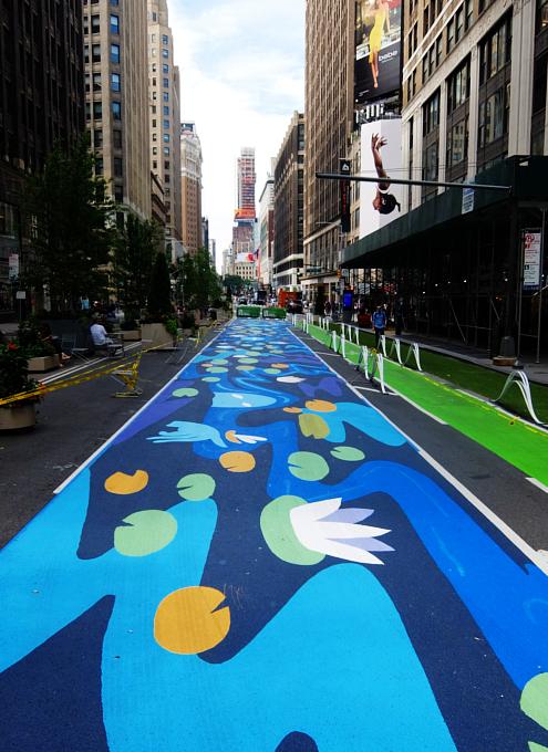 NYのブロードウェイに「都市ガーデン」(Urban Garden)登場!_b0007805_20585626.jpg