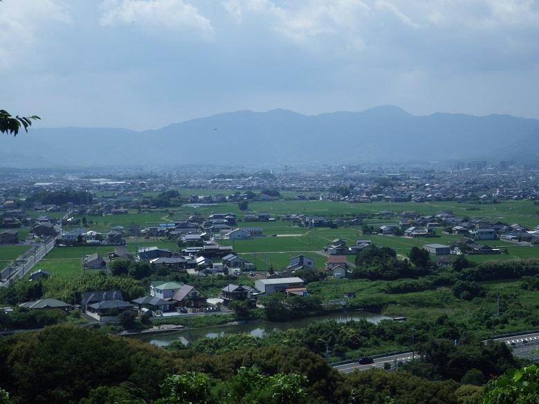 近隣の低山を歩く・・道場寺山、覗山_e0164643_14202063.jpg