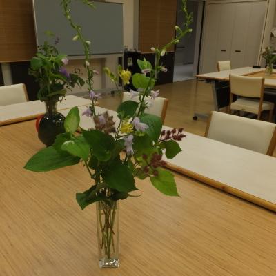 オークリーフ(絵画教室の花)_f0049672_11111345.jpg