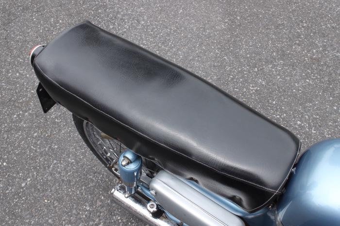 Motobi 125 Imperiale custom入庫。_a0208987_13211620.jpg